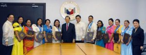 Metrobank Foundation Oustanding Teachers with Senate President Juan Ponce Enrile and Senator Juan Miguel Zubiri