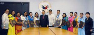 Metrobank Foundation Oustanding Teachers with Senate President Juan Ponce Enrile and Senator Juan Miguel Zubiri